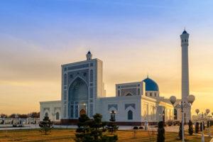 Сложности при доставке груза в Узбекистан